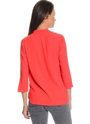 Vero Moda Vero Moda 5000140811 Normal Kesim V Yaka Nar ÇiÇeği Kadın TShirt Pembe